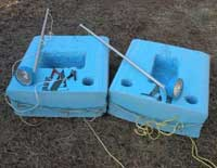 Battery float for gig fishing